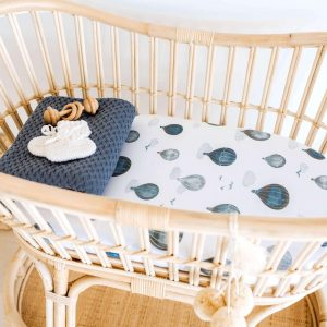 Blue hot air balloons bassinet cover for baby