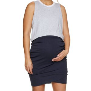 Maternity Skirt in navy on pregnant woman